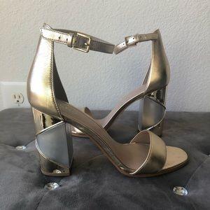🌟 Aldo metallic heels